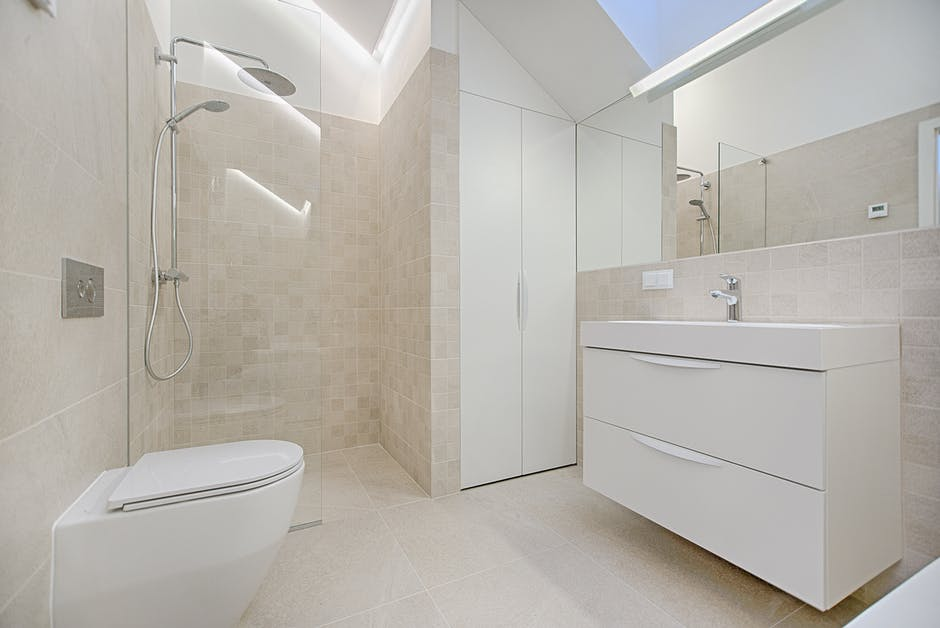 Półki łazienkowe Porządek W Każdej łazience Kompleksowe
